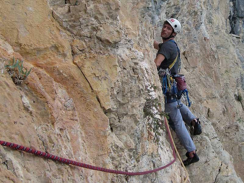 paredes-euskal-herria-3